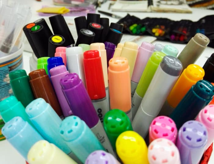 07_pantonera-rotuladores-colores